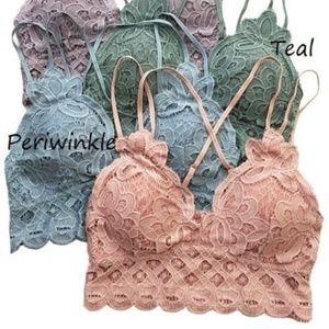 🆕 Periwinkle Beautiful crochet lace bralette